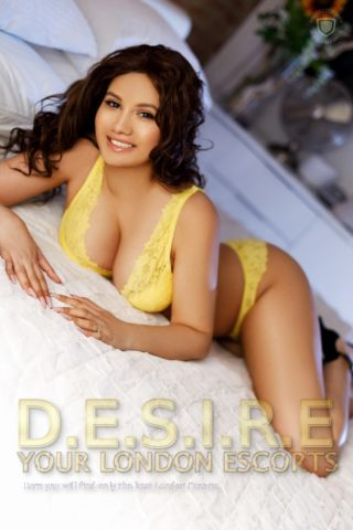 Natasha, 20 years old Romanian escort in London