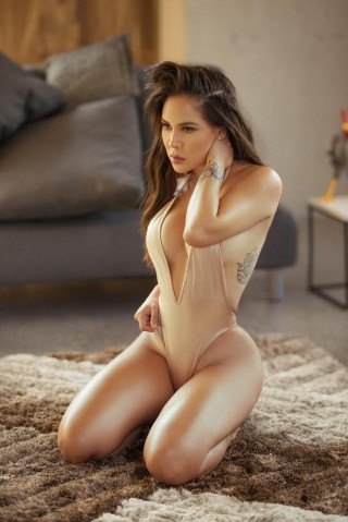Alessandra, 23 years old Colombian escort in